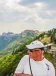 Yustass, 58  , Saratov