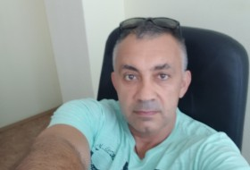 vadim, 31 - Just Me
