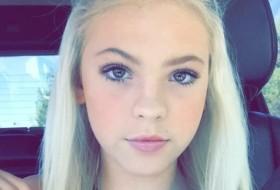 Brianna, 18 - Just Me
