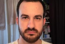 Brad, 30 - Just Me