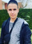 Kevin, 22  , Paris