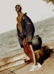 salva sam, 18  , Dar es Salaam