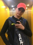 Adam, 18  , Lausanne