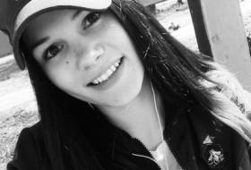 Kristina, 20 - Just Me