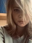 Yuliya, 32  , Saint Petersburg