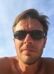 Ambrogio, 44  , Alassio