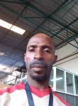Kaziri Noël , 43  , Abidjan