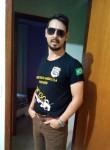 Diego, 35, Brasilia