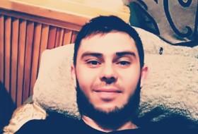 Maksim, 30 - Just Me