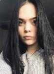 Alina, 19  , Usinsk