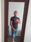 Nicu, 23  , Luton