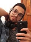 Lucas, 20  , Canecas