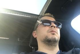 Rustam, 33 - Just Me