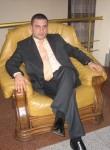 Rovshan, 40, Baku