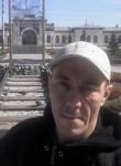Seryega, 35  , Pikalevo