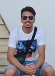 Karim, 18  , Marseille 04