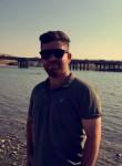 Reboo , 18, Erbil