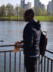 Bouba, 33  , Les Ulis