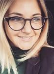 Alyena, 33, Saint Petersburg