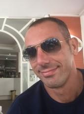 wonderbuc, 39, Repubblica Italiana, Marina di Carrara