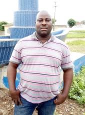 Eric, 40, Benin, Abomey-Calavi