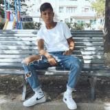 Delon, 19  , Gualdo Tadino