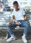 Delon, 18  , Gualdo Tadino