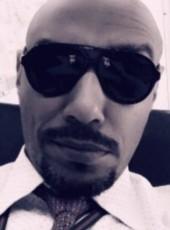 Hisham, 45, Bahrain, Al Muharraq
