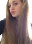 ella, 18, London