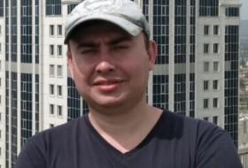 Aleksandr , 28 - Just Me