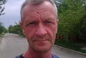mikhail, 58 - Just Me