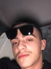 Amir, 20, Albania, Tirana