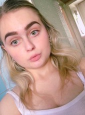 Kat, 21, Russia, Novosibirsk
