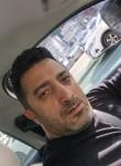 Veli, 44  , Istanbul