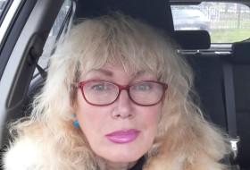 Larisa, 59 - Just Me