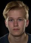 Emil, 21  , Randers