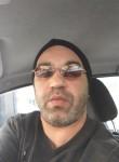 Ross, 44, Villeurbanne