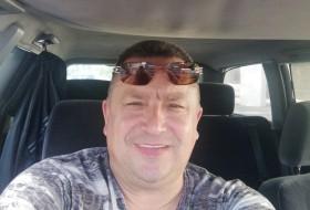 Viktor , 49 - Just Me