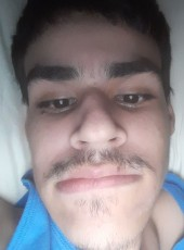 Arhamperez, 20, United States of America, Orlando