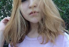 liza, 19 - Just Me