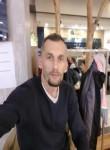 Lazar, 33  , Sarajevo