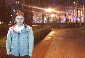 Artem, 20 - Just Me