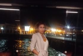 Albina, 38 - Just Me