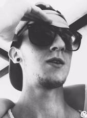 Luca, 22, Italy, Castiglion Fiorentino