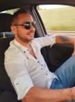 Gennaro, 39, Rome