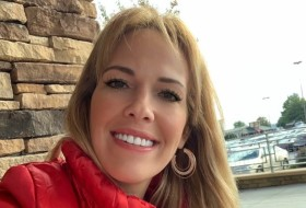 Amanda Olsen, 36 - Just Me