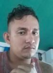 Maxiu, 28  , Paramaribo