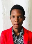 Steeve, 18  , Port-au-Prince