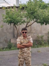 Narek, 21, Armenia, Yerevan