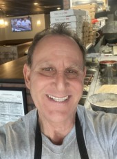 carmine, 58, United States of America, Brentwood (State of Tennessee)
